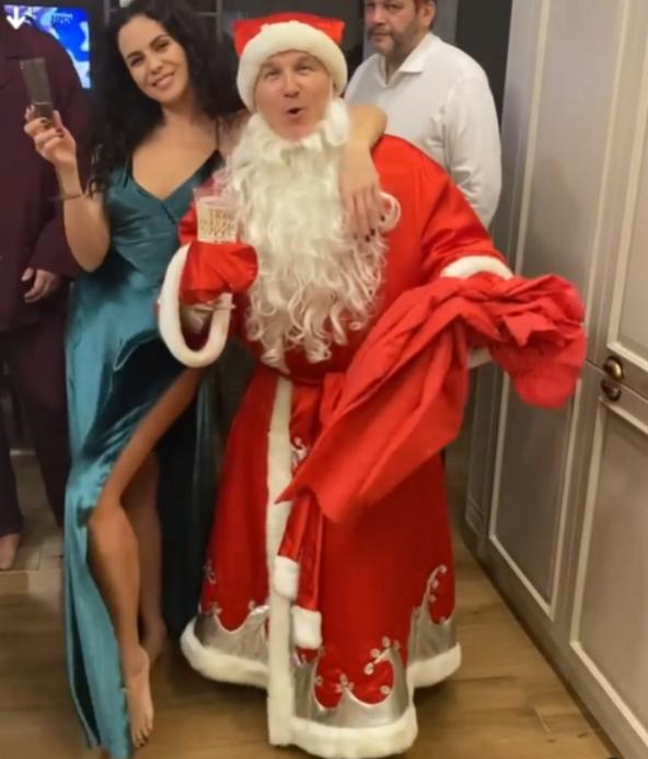 Дед Мороз у Насти Каменских