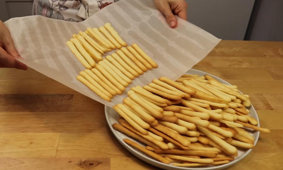 Именно благодаря белкам печенье получится хрустящим