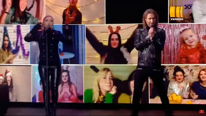 Олег Винник на сцене в новогоднюю ночь