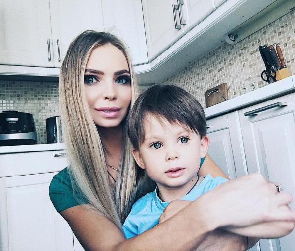Бывшая жена Стаса Пьехи с сыном