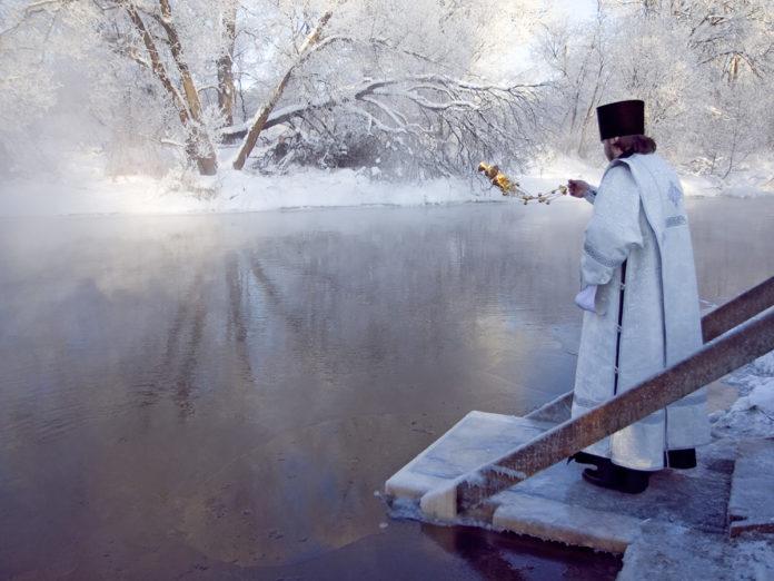 Хрещення 2021: прикмети і міфи про релігійне свято