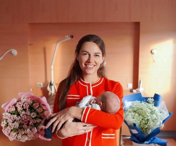Кристина Решетник с новорожденным сыном