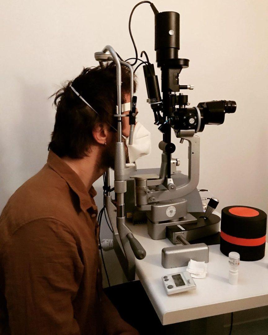 Сергею Бабкину сделали сложную операцию на глаза