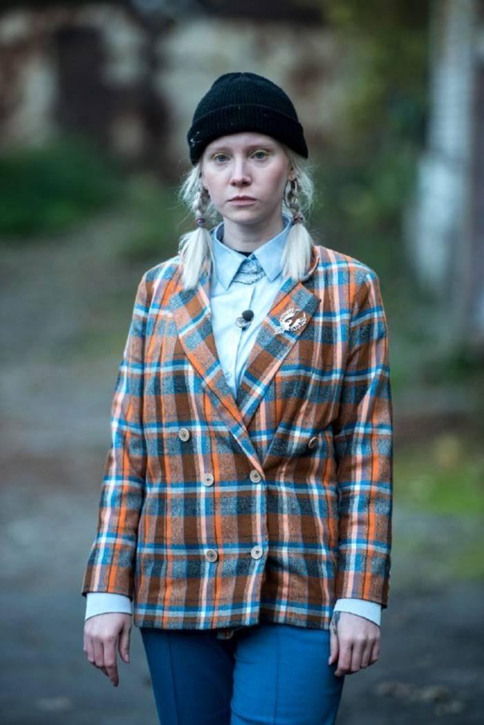 На проект пришла девушка-альбинос