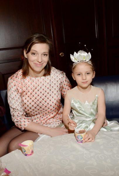 Неллі Уварова з донькою Ією