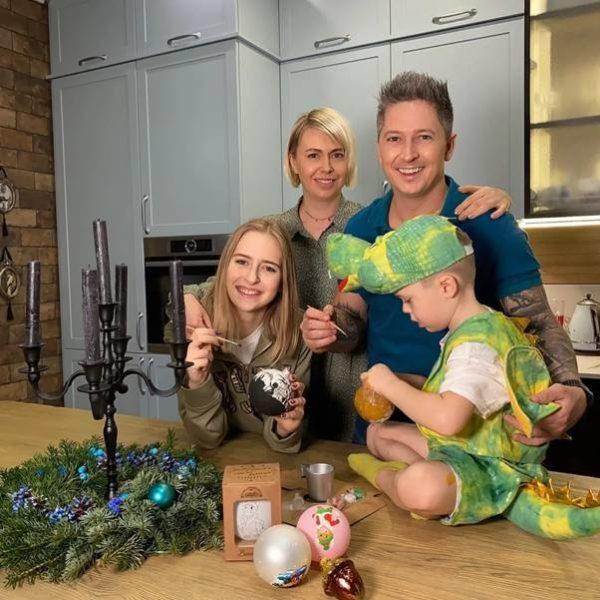 Александр Педан с семьей