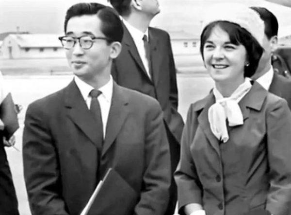 Принцесса Кореи Джулия Муллок с мужем принцем Йи Гу