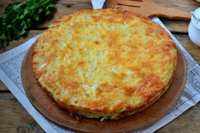 Картопляна запіканка на сковороді
