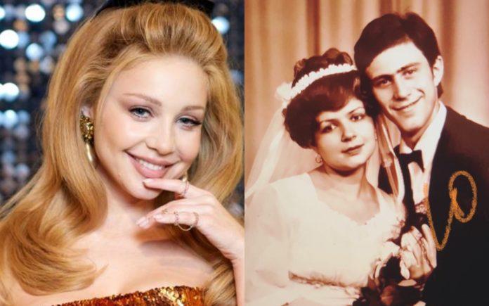 Як виглядають мама і тато Тіни Кароль?