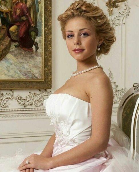 Тина Кароль в свадебном платье