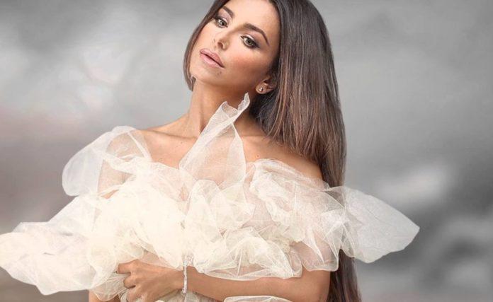Ані Лорак у весільній сукні - яким вона була 12 років тому?