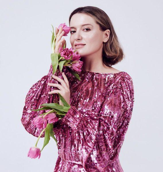 Топ лучших нарядов Натали Могилевской