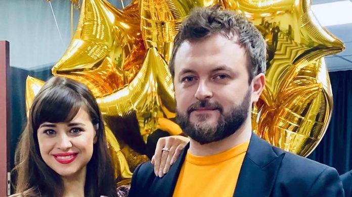 Дзідзьо зі своєю дружиною-співачкою