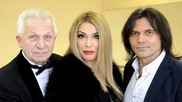 Ольга Сумська зі своїм колишнім і нинішнім чоловіками. Зліва Євген Паперний, праворуч Віталій Борисюк
