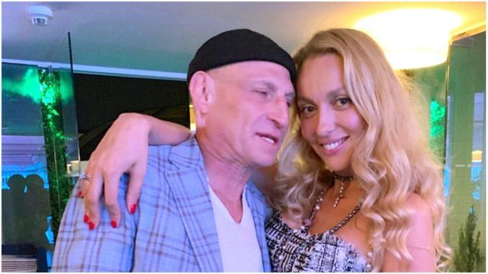 Полякова з чоловіком
