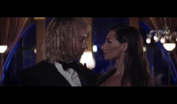 Кадр з кліпу Олега Винника на пісню Ніно