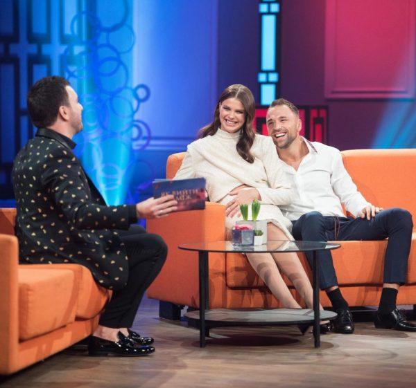 Дарья Хлыстун и Макс Михайлюк на шоу Как выйти замуж