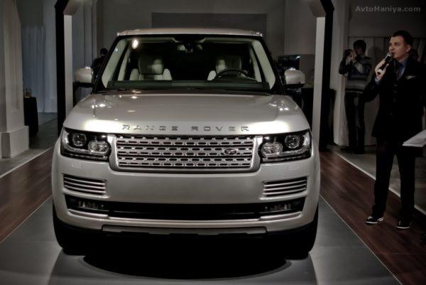 Юрий Горбунов похвастался своим автомобилем Land Rover