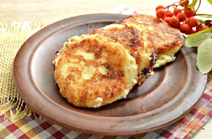 Творожные оладьи - простой рецепт для каждого кулинара