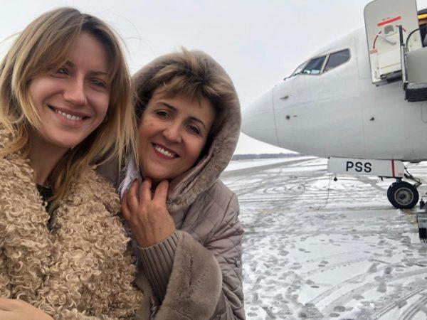 Леся Никитюк з мамою