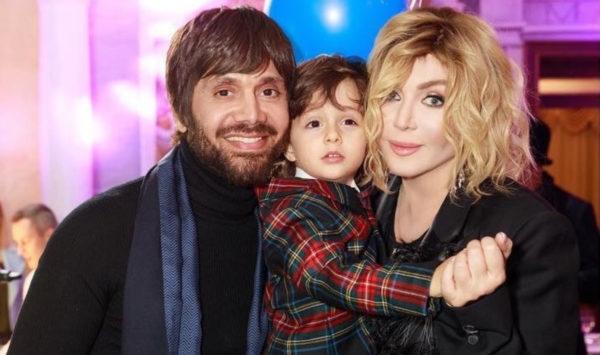 Аслан Ахмадов, Ирина Билык и их сын Табриз