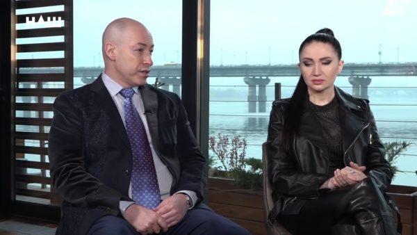 Олеся Бацман - журналіст і дружина Дмитра Гордона