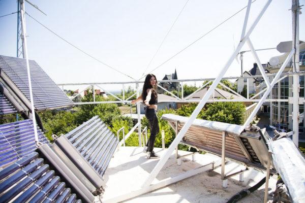 Як виглядає екобудинок Руслани Лижичко? Фото - Viva