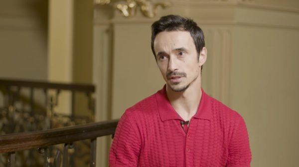 Александр Стоянов на интервью