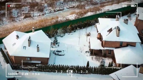 Дом Юрия Горбунова и Кати Осадчей с высоты