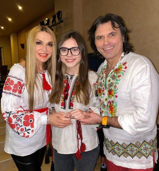 Ольга Сумська з дочкою Ганною і чоловіком Віталієм Борисюком