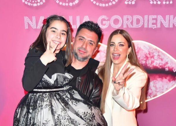 Ани Лорак с бывшим мужем и дочерью