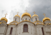 На Днепропетровщине две женщины ограбили церковь