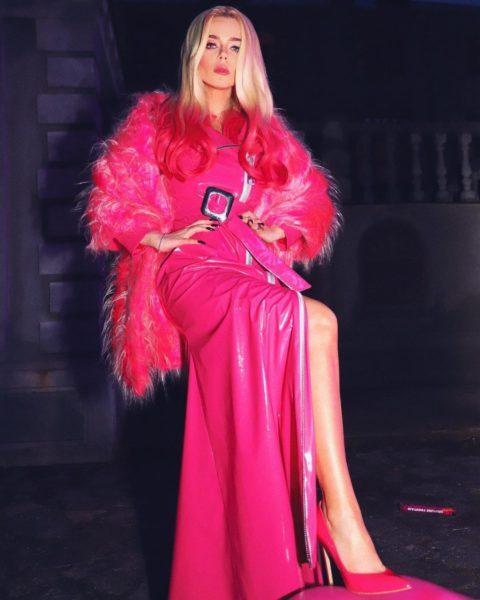 Алина Гросу представила песню Малиновые губы