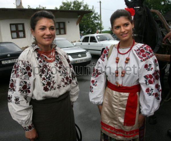 Наталья Сумская (слева) и ее дочь Дарья (справа)
