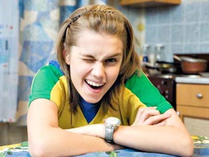 Даша Мельникова з серіалу Татусеві дочки
