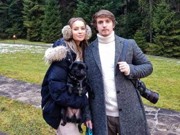 Сын Оксаны Марченко с женой Екатериной