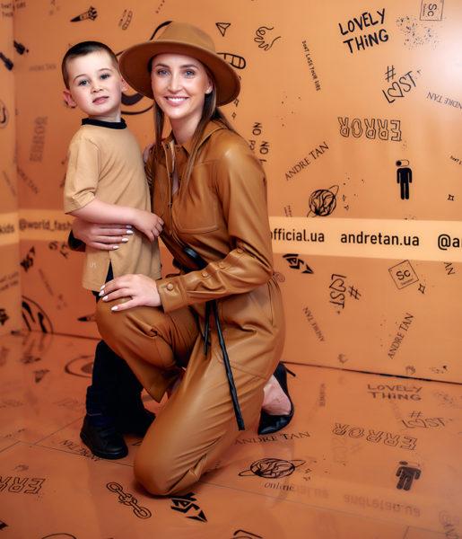 Анна Різатдінова на Ukrainian Fashion Kids