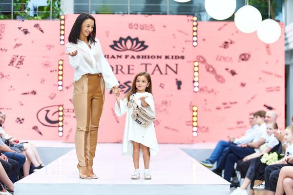 Ілона Гвоздьова на Ukrainian Fashion Kids