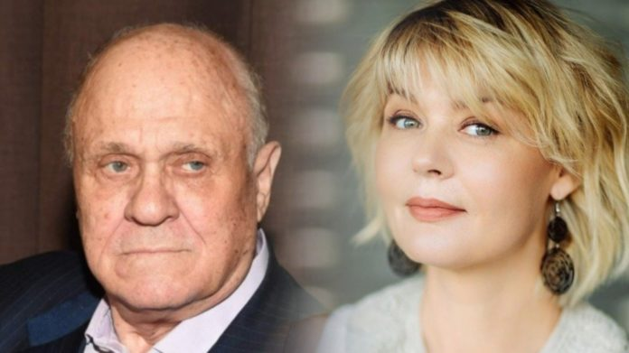 Владимир Меньшов с дочкой