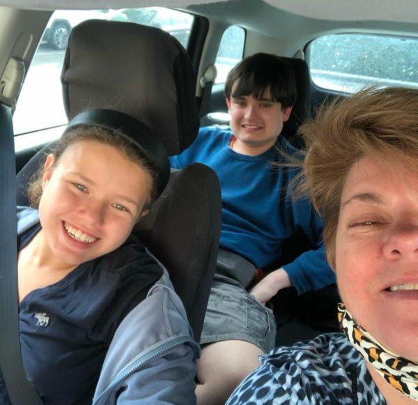 Руся з сином Матвієм та донькою Софією