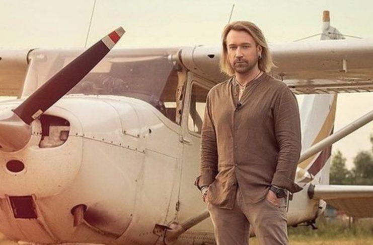 Олег Винник полетал на самолете