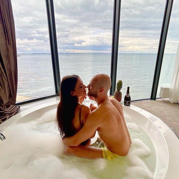 Влад Яма с женой Лилианой в Одессе