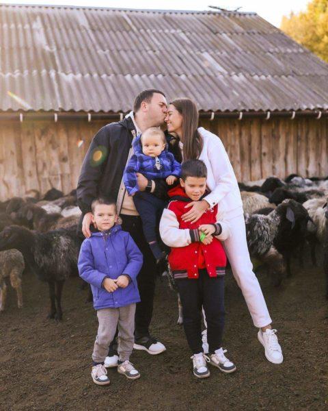 Жена Григория Решетника очаровала теплым семейным фото
