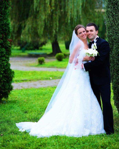 Григорий Решетник показал фото со свадьбы одиннадцатилетней давности